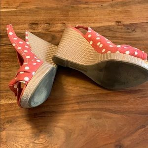 American Eagle Outfitters Shoes - American Eagle Wedge Sandals - Pink w/ Polka Dots